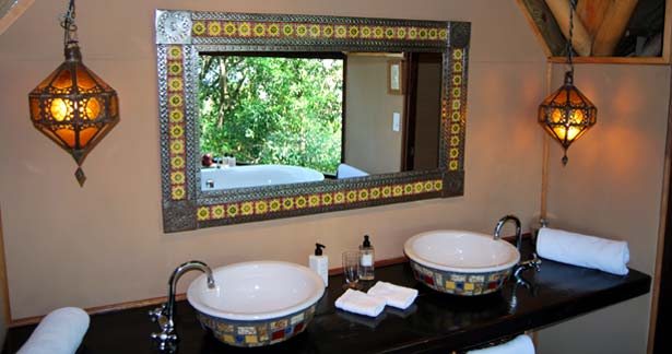 Moroccan bathroom